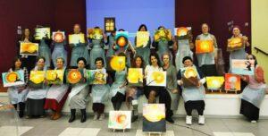 מציירות אור מסיבת ציור